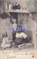 """CPA  """" ENFANT """"  -  """" INVOCATION A NOÊL """"  ENFANTS Devant La CHEMINEE - CCCC 1904 - Cachet BM Au Verso - Scenes & Landscapes"""