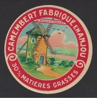 Etiquette De Fromage Camembert  30% -  Le Moulin D´Ozolles  -   (Laiterie De Grez Neuville ? )  (49 ) - Cheese