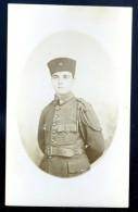 Cpa Carte Photo Soldat Avec Insigne Croissant Maroc Tunisie  JAN16 12 (1) - Personnages