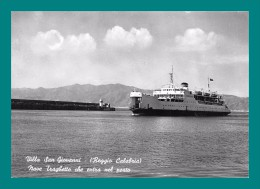 Italie Reggio De Calabre Villa San Giovanni ( Bateau, Navire, Ferry ) - Steamers