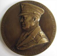 M05100  DIGHT EINSENHOWER - COMMANDER ALLIED EXPEDITIONARY FORCES  - Son Buste  (128g) - Professionnels/De Société
