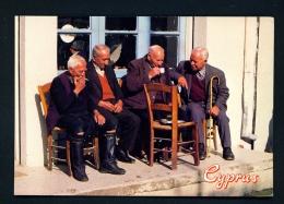CYPRUS  -  Village Coffee Shop  Unused Postcard - Cyprus