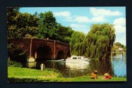 ENGLAND  -  Sonning Bridge  Unused Postcard - Inghilterra