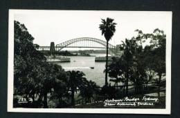 AUSTRALIA  -  Sydney Harbour Bridge  Unused Postcard (slight Creasing) - Sydney