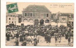 Ploeuc La Place Un Jour De Foire La Mairie - Autres Communes