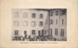 NOIRETABLE - Pensionnat Saint Charles, Cour Et Chapelle. - Noiretable
