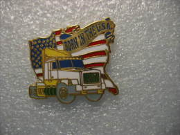 Pin´s Camion,Tracteur Routier Long Nez VOLVO. Born In The USA (Né Aux USA) - Transports