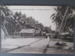 MISSIONS MARISTES D OCEANIE UN VILLAGE SALOMONAIS - Solomon Islands