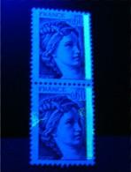 Variété Sabine N° 2119**_tache Phospho Tenant Normal - 1977-81 Sabine De Gandon