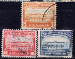 EC+ Ecuador 1944 1945 Mi 540-41 543 575 Regierungsgebäude, Sucre - Ecuador