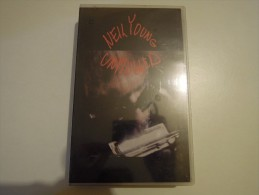 Neil Young Unplugged - Warner 7599 38354 3 - Video Tapes (VHS)