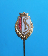 FC STANDARD Liege - Belgium football club enamel pin badge soccer fussball futbol foot calcio anstecknadel distintivo