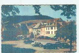 VILLARD De LANS - CPSM - Place De L' Hôtel De Ville En Couleur - TBE - 2 Scans - Villard-de-Lans