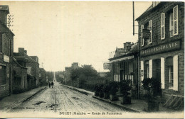 50 - Ducey ; Route De Pontorson. - Ducey