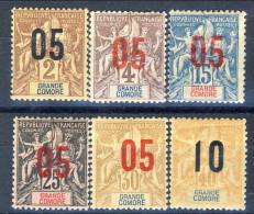 Grand Comore 1912 Tipi Del 1897-1900 Sovrastampati Piccolo Lotto Di 6 Misti MH E Usati Catalogo € 9,40 - Grote Komoren (1897-1912)