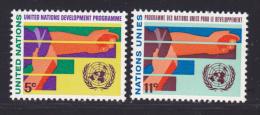 NATIONS UNIES NEW-YORK N°  161 & 162 * MLH Neufs Avec Charnière, TB  (D1370) - New-York - Siège De L'ONU
