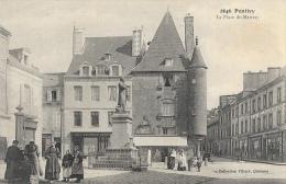 Pontivy (Morbihan) - La Place Du Martray - Statue De Guépin - Collection Villard - Pontivy