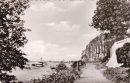 Düsseldorf-Kaiserswerth. Partie An Der Ruine Der Kaiserpfalz Und Restaurant Burghof - Düsseldorf