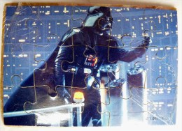 PAS KINDER PUZZLE TOMBOLA STAR WARS 1997 COMPLET AVEC BPZ DARK VADOR DARTH VADER - Puzzles