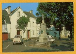 56 Morbihan Cleguerec Monument Erigé à La Memoire De Joseph Pobeguin Avec 2 Chevaux Citroen
