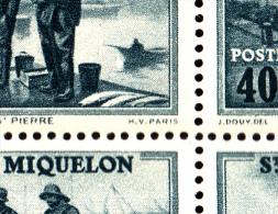 St Pierre Et Miquelon MNH Scott #182 Partial Sheet Of 25 40c Port St. Pierre Variety Splash In Water Front Of Boat P1/2 - Blocs-feuillets