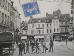 CPA Oise Noyon Place Cordouen Coiffeur Magasins Animée - Noyon