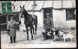 L'ARRIVEE DES CHIENS DE CE PAUVRE MISERE, CLICHE  LARIPPE - France