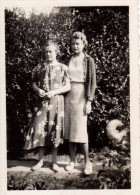 """Photo Originale Couple - Mère Et Fille - """" Paulette Ma Bien Aimée """" En Septembre 1938 - Et La Queue Du Chien - Anonieme Personen"""