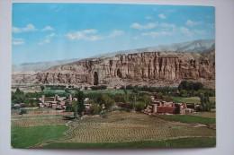 Afghanistan General View Of Big Buddah In Bamiyan - Old Postcard - Afghanistan
