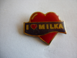 PINS  CHOCOLAT MILKA COEUR I LOVE MILKA - Food