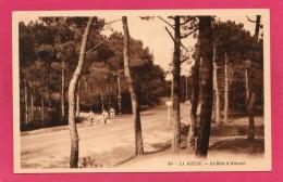 44 LOIRE-ATLANTIQUE  LA BAULE, Le Bois D'Amour, Animée, 1936, (Gaëtan, Pornichet) - La Baule-Escoublac