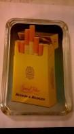 0124 ) RAMASSE MONNAIE - CIGARETTE BENSON ET HEDGES - 24cmX17cm - 1kg 300 - Tabac (objets Liés)