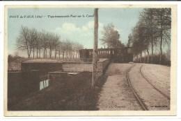 Ain, Pont De Vaux, Tram Traversant Le Pont Sur Le Canal   (bon Etat) - Pont-de-Vaux