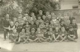 CECOSLOVACCHIA  Fotocartolina Di Classe Con Maestro  Scuola  Scolaresca  Trida II - Persone Anonimi