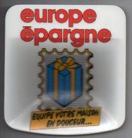833 I ) Ramasseur De Monnaie - Euro épargne * Plastique - Matériel
