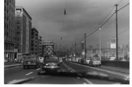 GENES  AOUT 1971  VOITURES - Lieux
