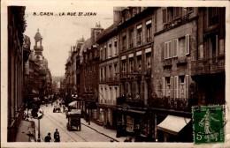 14-CAEN..LA RUE ST-JEAN...CPSM PETIT FORMAT ANIMEE - Caen