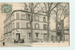 LA COURNEUVE : La Mairie Et La Poste. 2 Scans. Edition ELD - La Courneuve