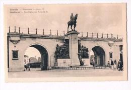 33474 ( 2 Scans ) Ostende Monument à Leopold II - Oostende Standbeeld Aan Leopold II - Oostende