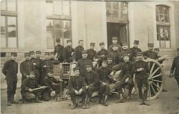 SAINT MAIXENT - école D'artillerie, Carte Photo. - Régiments