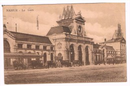 Namur, La Gare - Très Animée - Circulée En 1928 - 2 Scans - Namur