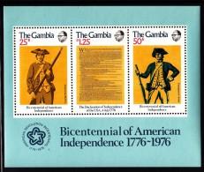 Gambia MNH Scott #337a Souvenir Sheet Of 3 Bicentennial Of American Independence - Soldiers, Declaration - Indépendance USA