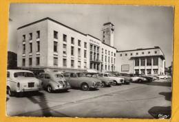 57 Moselle  Hayange Hotel De Ville Voitures Renault , Peugeot - Hayange