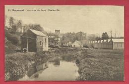 Beaumont - Vue Prise De Leval-Chaudeville - Bâtiments Des Filatures  ( Voir Verso ) - Beaumont