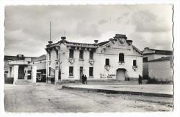 Cpsm: ALGERIE - TURENNE - La Coopérative Et Les Casernes   N° 23 - Autres Villes