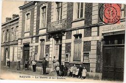CPA  Bauvin - La Mairie Et Les Ecoles   (204750) - France