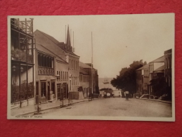 St. Helena Main Street - Sainte-Hélène