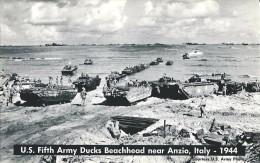 U.S. FIFTH ARMY DUCKS BEACHHEAD NEAR ANZIO-1944 (SBARCO AMERICANO)- F/P - N/V - Guerra 1939-45