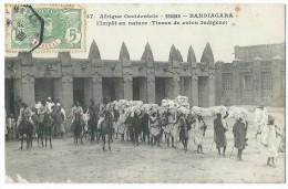 AFRIQUE - SOUDAN - BANDIAGARA - L'impôt En Nature - Tissus De Coton Indigène - CPA - Soudan