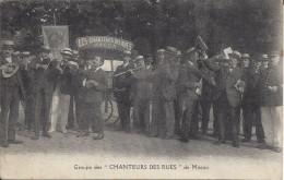 """CPA, Groupe Des """" Chanteurs Des Rues """" De Mâcon - Macon"""